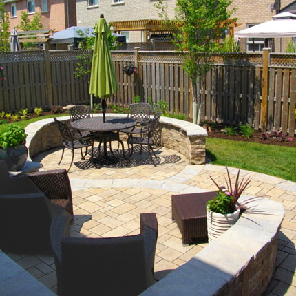 Peace love landscaping serving clients in oakville for Garden design ideas ontario